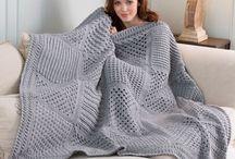 Decken/Blanket / Gehäkelte und gestrickte Decken