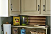 Kitchen cabinets / by Melissa Bailey