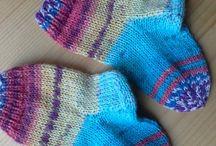 Socken / Socken stricken - eine Leidenschaft für (Strick-)nadeln und Füße