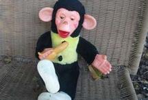 monkeys! <3 / by Alyssa Ediger
