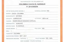 Colombia Cauca El Naranjo / Jsme rádi, že Vám můžeme nabídnout vynikající kávu oceněnou na prestižní mezinárodní soutěži káv  Cup of Excellence. Region: Cauca, Nad.výška: 1855 mnm, Družstvo: Almacafé, Farma: El Naranjo, plně praná a sušená na slunci, sběr:  květen- červenec. Doporučujeme.