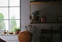 Kitchen / by Amara Villasenor