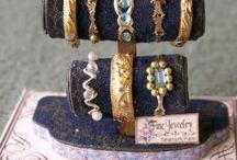 Miniature Shop Displays / by Wanda Waterfield