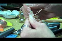 Jewellery-Making Tutorials / by Erin Guest