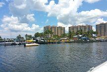 Tarpon Point Marina / Tarpon Point Marina is a stunning luxury waterfront resort-style community in Southwest Florida.