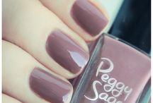 Peggy Sage / Nail art