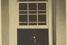 Fotografía. Charles Sheeler / Charles Rettew Sheeler Jr. (Filadelfia, Pensilvania, 16 de julio de 1883-Dobbs Ferry, Nueva York, 7 de mayo de 1965) fue un pintor y fotógrafo estadounidense. Fue uno de los iniciadores del estilo pictórico precisionista, influyendo a artistas como Stanley Spencer o Ralston Crawford. Se le considera una figura central del realismo estadounidense y uno de los fotógrafos más importantes del siglo XX.