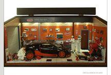 Diorama Carro Bugatti Veyron Super Sport - Limited Edition - 0213/1000 Personalizado - / 46L x 22P x 22H Em mdf encerado com óleo general iron fittings - tabacco. Iluminação por leds, interruptor externo e energia por fonte.Escala 1/18 Elaborado com peças novas de plastimodelismo e recicladas de aparelhos eletrônicos, tv, som, relógios, uso de bijuterias, madeira balsa, biscuit. Criação e impressão digital para quadros, papel de parede, livros, jornal, rótulos e piso. Vidro superior articulado e frontal removível.