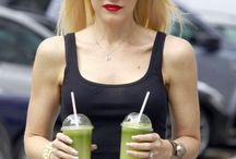 Gwen Stefani Sağlık Sırları / Dünyaca ünlü isimler hem anne olup, hem de fit bir vücuda nasıl sahip oluyorlar? Gwen Stefani sağlık sırlarını bu anlamda bizlere tüyolar veriyor.