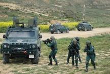 Guardia Civil / Tablero dedicado a los grupos especiales de la Guardia Civil, los garantes de nuestros derechos y libertades. Nos centraremos en los GEO y los GAR (Grupos de Acción Rápida)