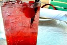 Food- Drinks / by Kimberly Tharp