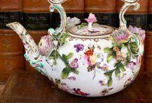 Tea time, Tea cups!