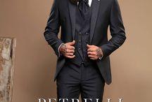 """""""GOLD""""2017 Petrelli Uomo Alta Cerimonia man abito sposo / La Linea """"GOLD"""" ispirata ad un uomo che ha gran voglia di apparire e vestire con particolarità e esclusività. rivenditori@petrelliuomo.com Ph. Alex Belli model Gianluca Di Sotto  #collezione2017 #petrelliuomo #stile #lineagold #esclusivo  #cerimonia #novios #wedding #sposo"""