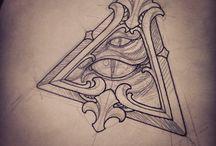 triângulo olhos