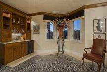 Eclectic Custom Cabinetry Design / Eclectic Design