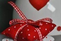 cojines de corazones