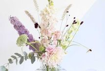 arrangement small vases vessels