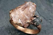 Ring ring... / by Livia Rocha