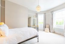 Queens Circus /  This large and beautifully designed apartment oozes with character with its tall ceilings, large windows and period features. With its own entrance, underfloor heating and great location this is the perfect nest for short or long term stays.