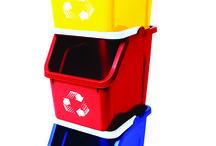 Contenedores de Reciclaje / Muchos Contenedores para organizar los residuos de tu casa