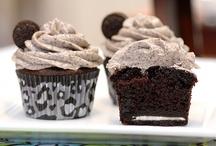 Desserts .... Hmmmm <3 / by Jennifer Drake