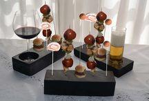 Portabrochetas / Una pieza de pizarra elegante y única, disponible en varias medidas. Ideal para uso gastronómico, para exponer brochetas de gosolinas y también como soporte para quemar las barritas de incienso