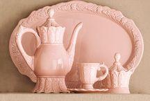 Fincan ve çaydanlıklar