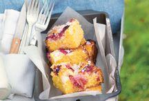 Rhubarb and Custard Traybake