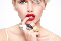 BEAUTY / Makeup, hair and nail art inspiration / by Keri Henderson