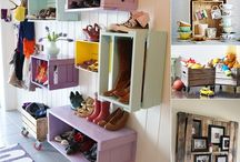 Creative Basement Storage Ideas / Spring cleaning, redecorating, or just organizing that cluttered basements? Here's tips to help you get started, inspired, and organize that basement.