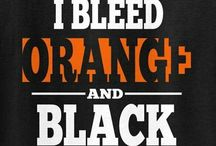 Decorating for Orange and Black Class Reunions