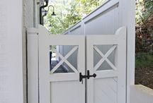 side house gates