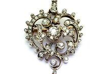 Grays Victorian Brooches / Find heirloom quality Victorian brooches at Grays, that will be shared with generations to come. The art, workmanship and quality are evident in these brooches.