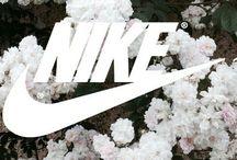 Nike ★★