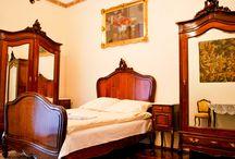Para 2 o mas personas / Estos apartamentos estan situados en el centro de Cracovia, entre el Casco Viejo y Kazimierz..