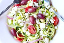 Spiralize It! | Spiralizer Recipes / Looking for more ways to use your spiralizer? This board contains spiralizer recipes, spiralized vegetable recipes, spiralized noodle recipes, zoodle recipes, spiralized salad recipes, spiralized fruit recipes, and more! Check out my own spiralized recipes here: https://bigflavorstinykitchen.com/tag/spiralizer/ & follow my other boards here: https://www.pinterest.com/bigflavors/boards/