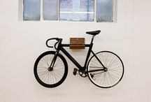 Wall mounted bike rack / Finding a place to put my bike in my flat!