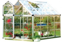 Gardening and Greenhouses / by Jonathan Harman