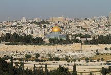 ISRAEL / Dias virão em que Jacó lançará raízes, e florescerá e brotará Israel, e encherão de fruto a face do mundo. Isaías 27:6