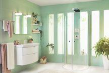 Heart Badrumsmöbler / Somran badrumsserie kombinerar klassiska och moderna uttryck som ger badrummet en elegant och stilfull känsla med välvda, mjuka former.