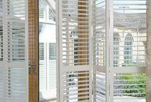Tienenie_okenice_bahama-shutters