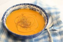Super Soups / Soups for everyday and fancy, hot and cold, smooth and chunky, thick and thin. Soup's never out of style.
