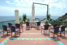 Positano Terrace Wedding / Terrace overlooking the blue sea is perfect itself but why not make it more personal with flower decoration?