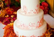 Wedding Cakes / by Laura Lo
