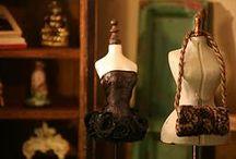 Montheron Dollshouse Miniature Mannequins