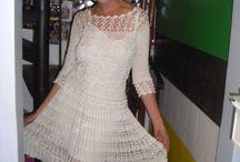 Вязанные крючком платья