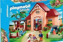 Playmobil City Life-Animals Caring Center Complete Sets of 7 available (NEW)