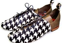 Houndstooth / A remnant of upholstery leather was given to me by friends. I made this pair of shoes and passed on my scraps to a jewelry maker friend who made bracelets! Up cycling is the best.