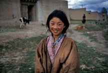 People of the World / Inspiring portraits of people from around the world / by Hector Garza