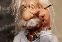 Eldre personer modellerte eller av ull